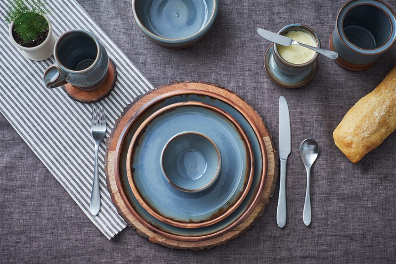 Hollowed_Earth_batiktableware1.jpg