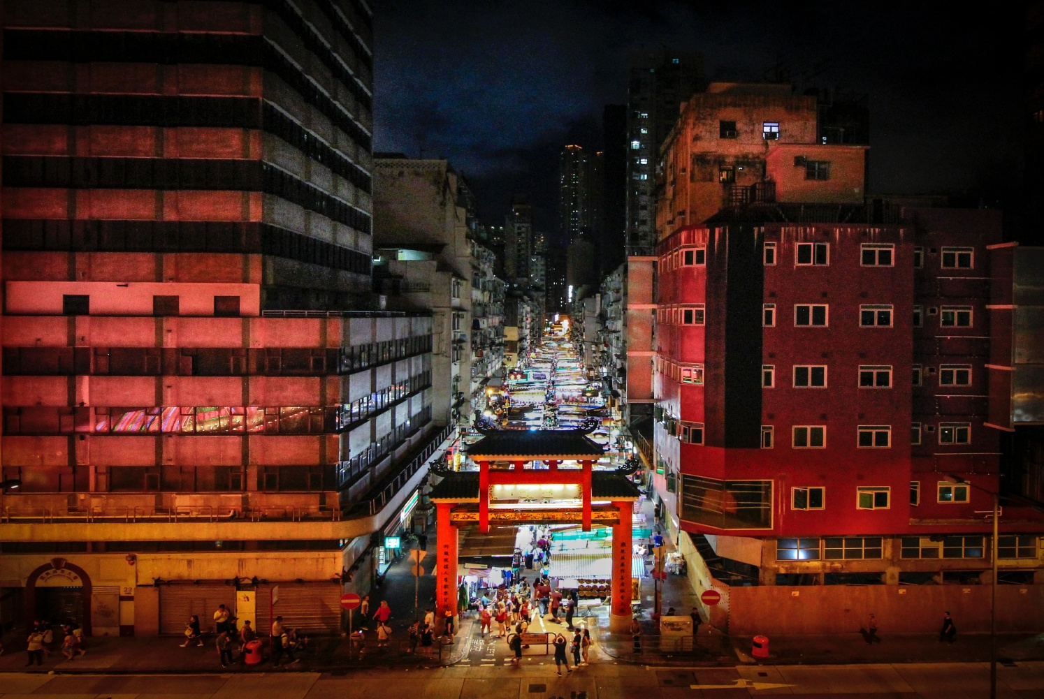 Days 1-3: Flying & Hong Kong - Fly to Hong Kong and marvel at the iconic skyline from afar or feel alive in the lucid buzz of its colourful streets. Visit one of the unmissable night markets to get your trip started in style.
