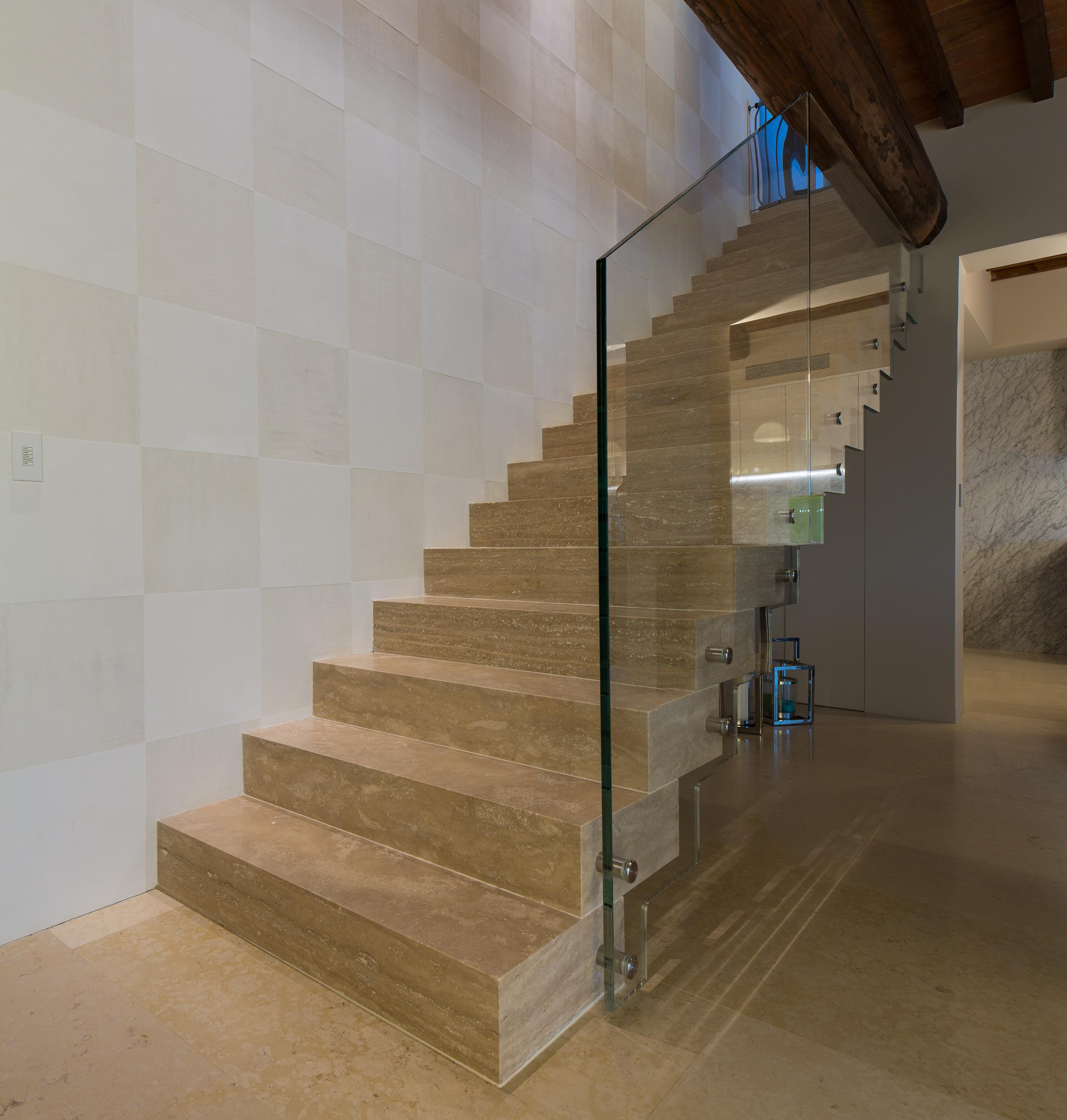 Stairs_08.jpg