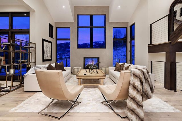 Huddled around the fireplace, watching the sun set in Snowmass Village, Colorado. #snowmassvillage #colorado #livingroom #livingroomdesign #home #house #architecture #design #architecturaldesign #interiors #interiordesign #housegoals #lifestyle #luxurylife #luxurylifestyle #luxury #luxuryrealestate #luxuryhomes #archdaily #architizer #architecturaldigest #highclasshomes #archicad #bimx #graphisoft #kadesignworks