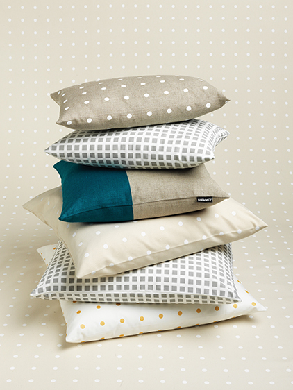 pillow_stack_C_0012_562.jpg