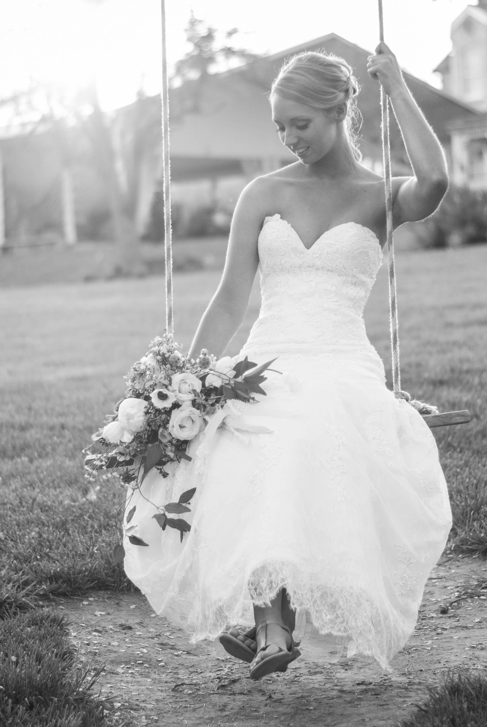bride & groom-pursuit styled shoot5.jpg