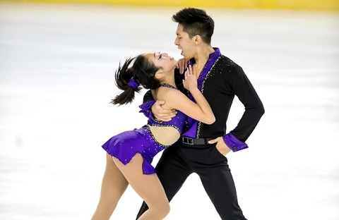 What a duo! This is Chinese silver medal hopefuls Wenjing Sui and Cong Han.