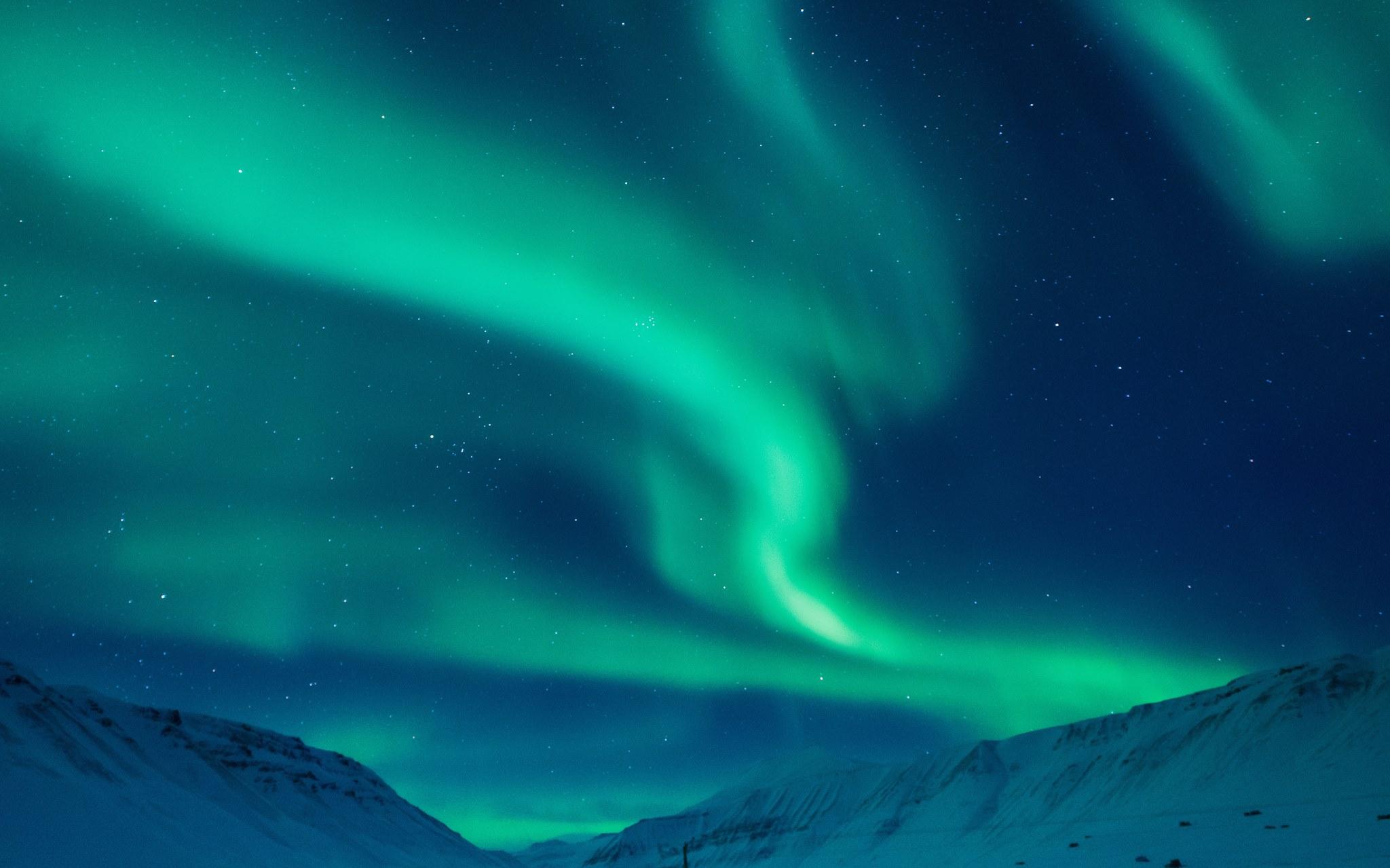 Drag-Night-at-Aurora-WinterFest
