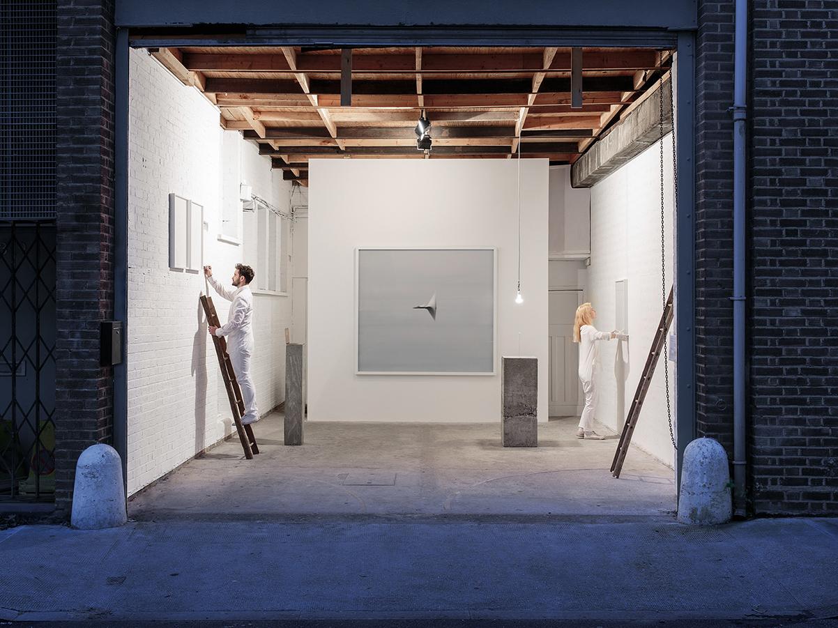 Andrea Galvani © 2015  ,   Llevando una pepita de oro a la velocidad del sonido #1   (detail), C-Print mounted on aluminum, white wood frame, UV glass.100 x 133 x 5,5 cm framed. Courtesy of the artist