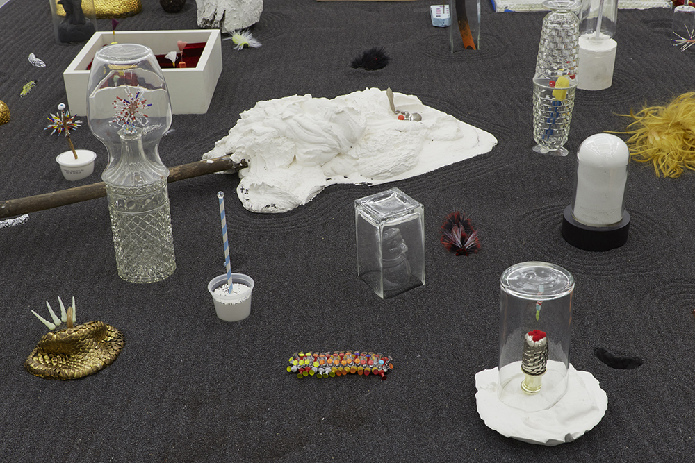Brock Enright © 2016 , Sugar Computer/Electrocate . Installation view at Kate Werble Gallery, New York. Photo by Elisabeth Bernstein. Courtesy of the Artist and Kate Werble Gallery, New York.