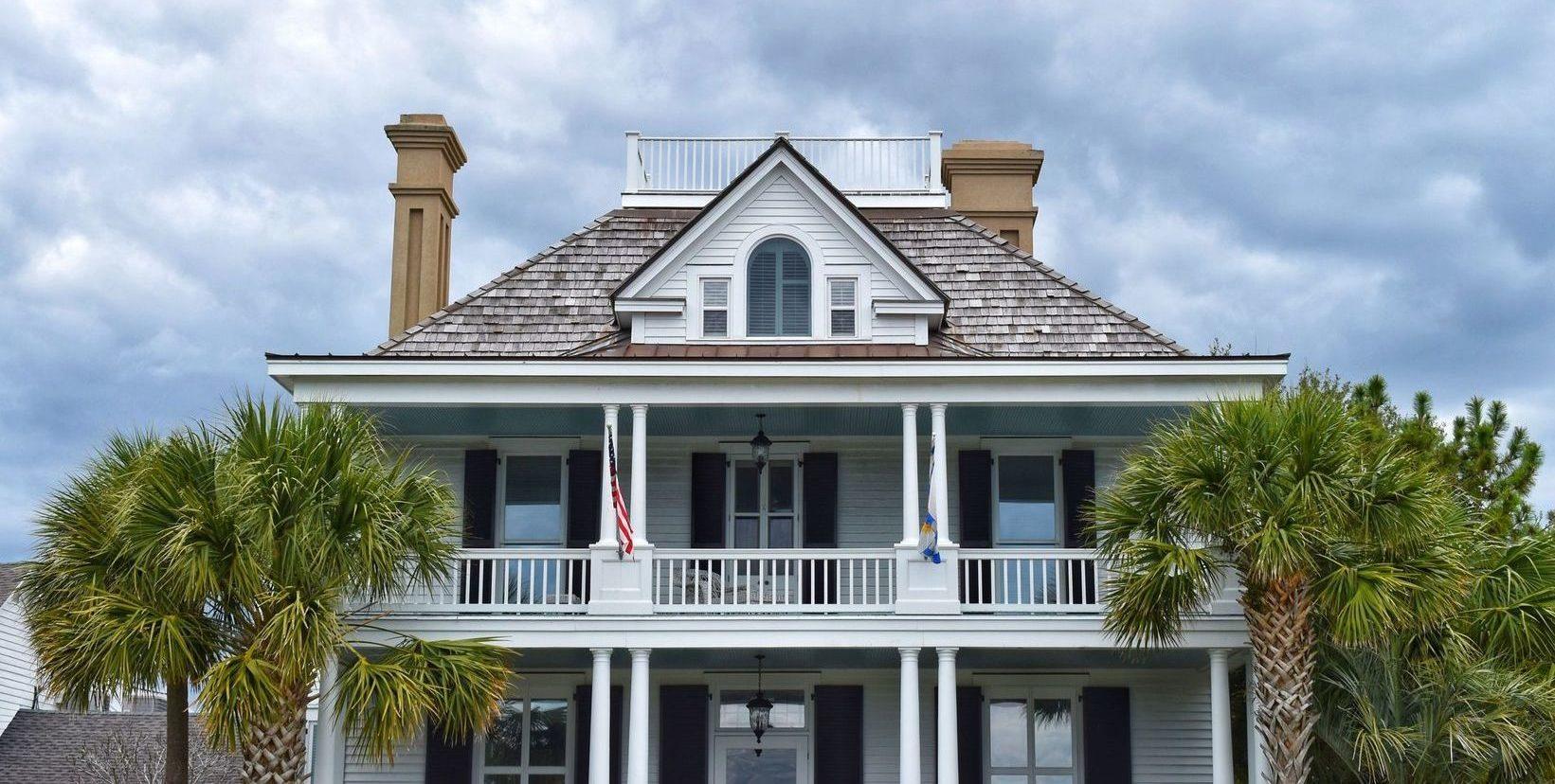 britton-perelman-front-porch-lifestyle-header-e1511845726179.jpeg