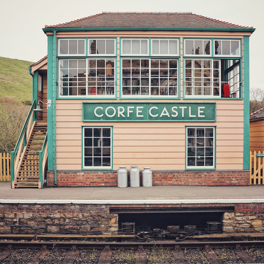 Photo by  @cat_gericke  | Corfe Castle Station | Dorset, England