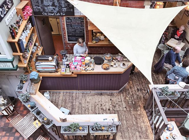 Oh the coffee shops of Manchester ☕️ . . . . . .  #traveldeeper #travelgram #instatravel #exploremore #welltravelled #neverstopexploring #travelwriter #traveljournal #prettycity #coffeeshopcorners #manchesterengland #visitmanchester #northernquarter #cafecorner #caffeinecorner #ipreview