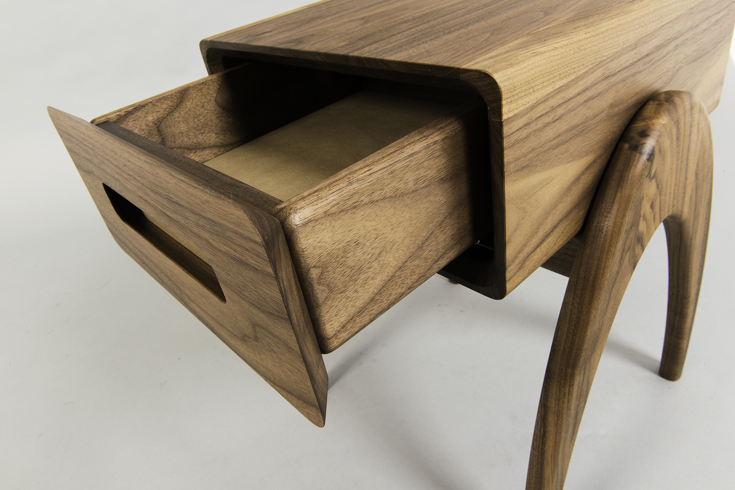 Retrospect Sidetable by Alan Flannery Furniture Design low12.jpg