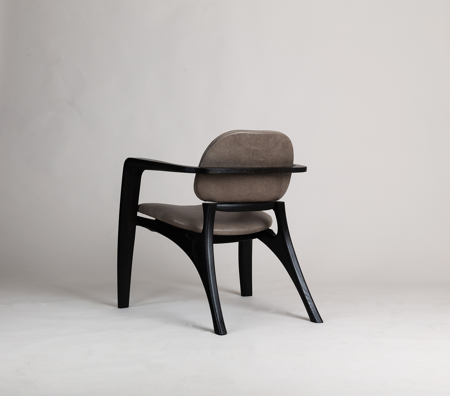 Amplex Chair by Alan Flannery Furniture Design L15.jpg