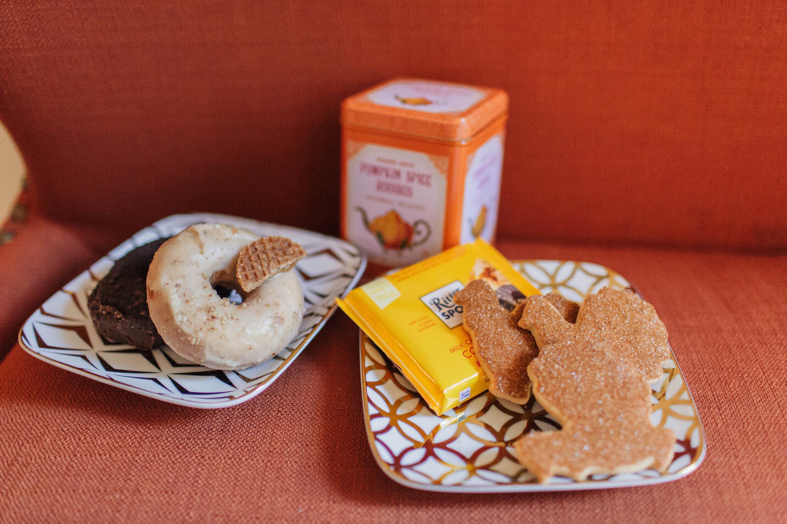 Thanksgiving Cookie Doughnut Dessert Plate