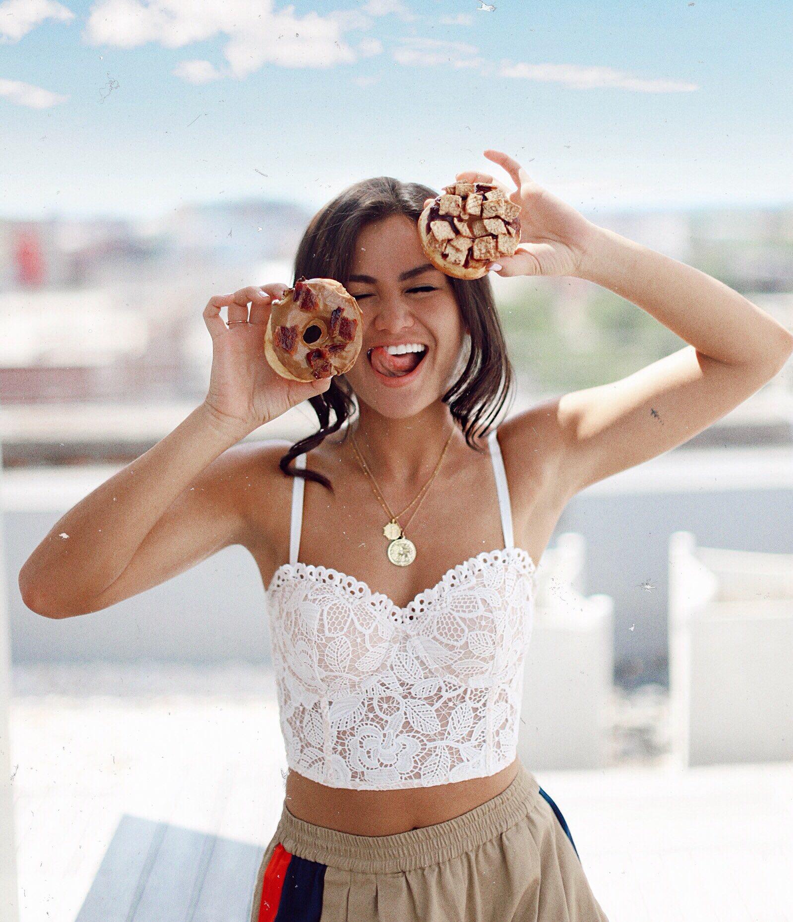Caila Quinn The Bachelor in Richmond Virginia with Sugar Shack Donuts