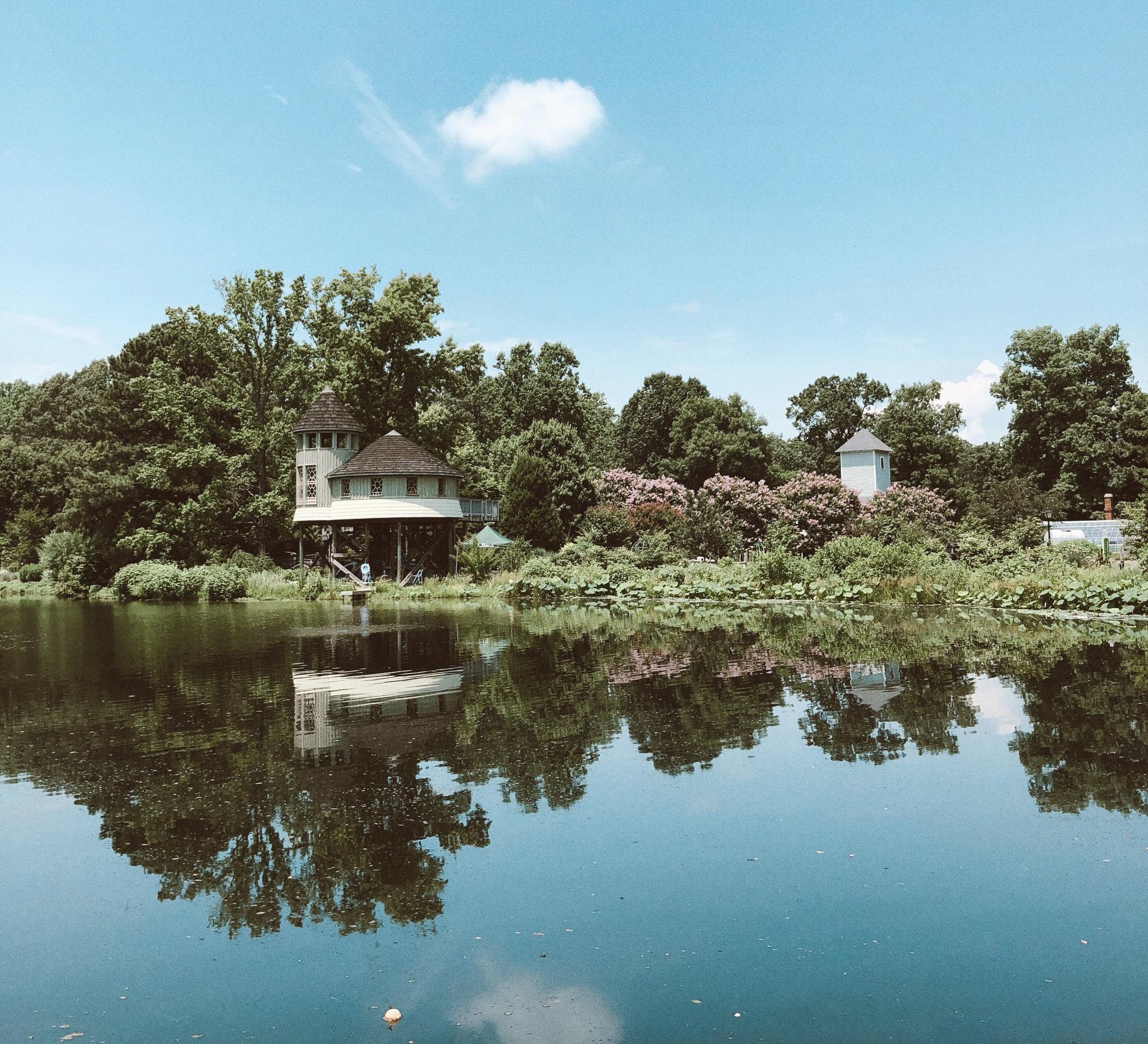 Caila Quinn in Richmond Virginia Botanical Garden