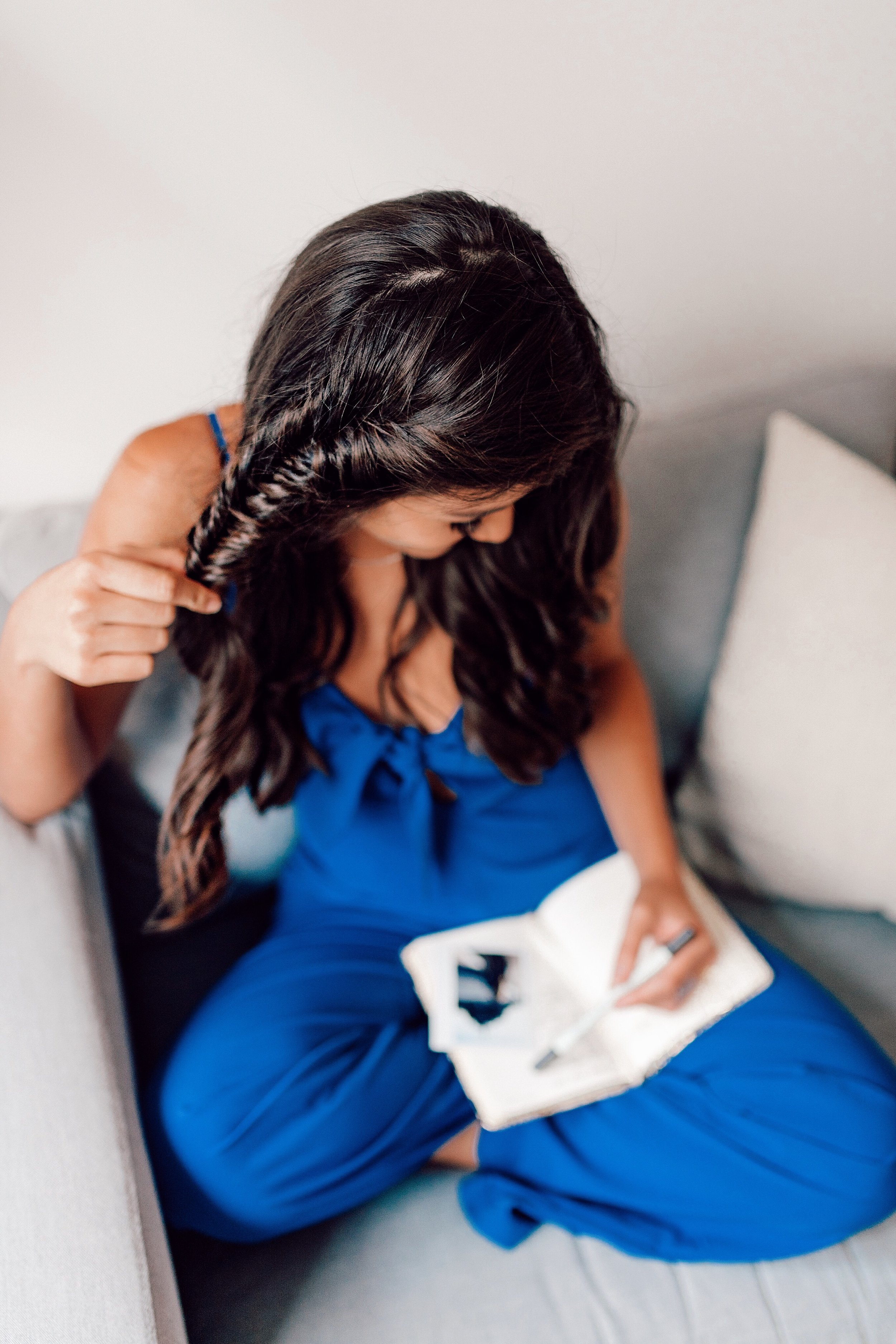 The Bachelor's Caila Quinn Fishtail braid hair
