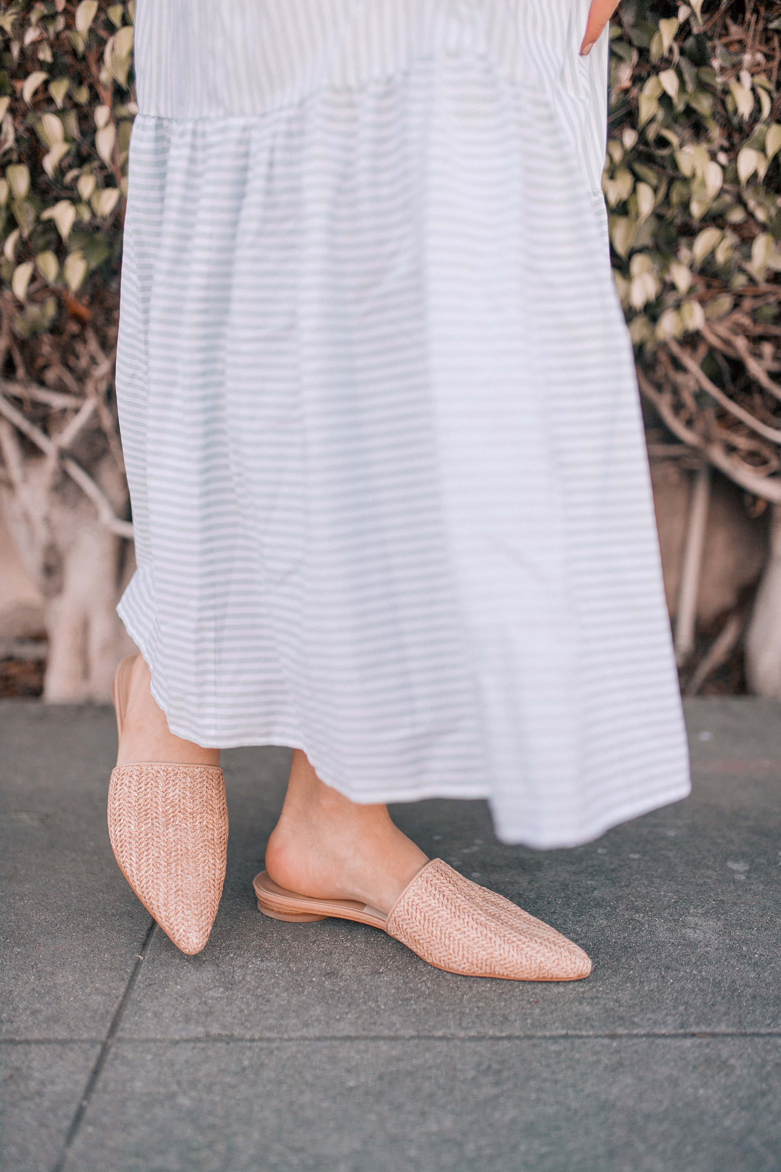 Caila Quinn The Bachelor DSW Shoes Wedding Guest Outfit Ideas