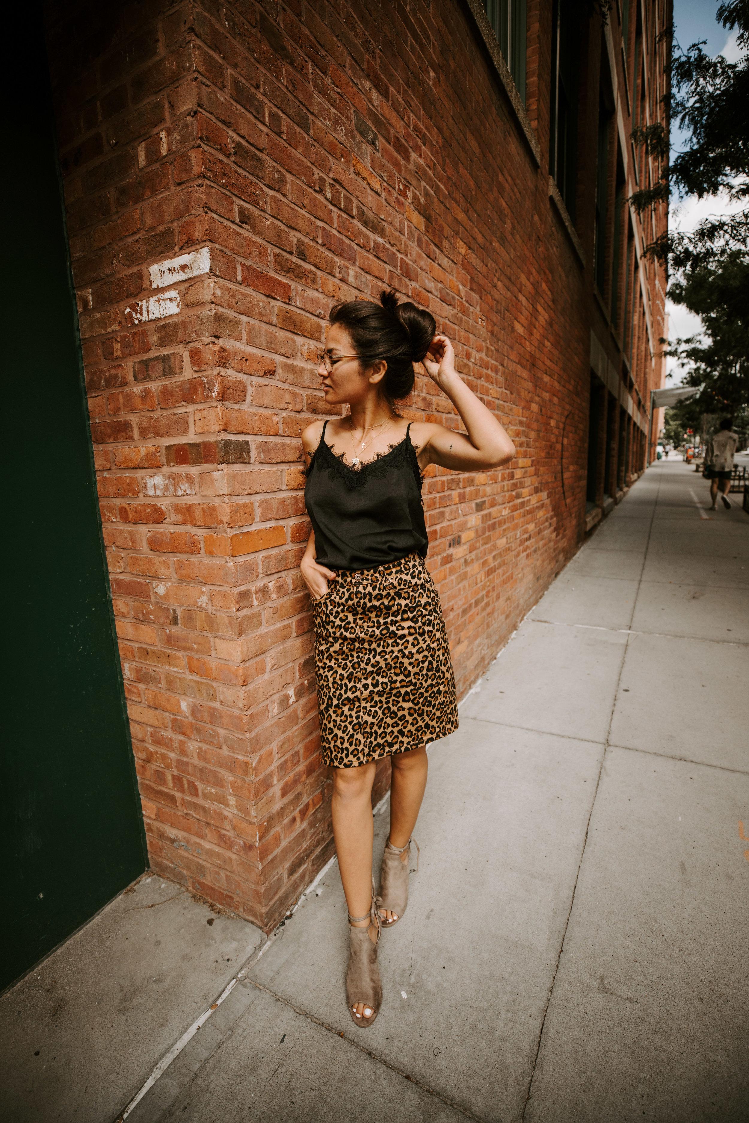 caila quinn the bachelor walmart fall fashion leopard print skirt