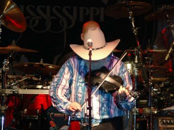 2006_sturgissouth_0476_edited.jpg