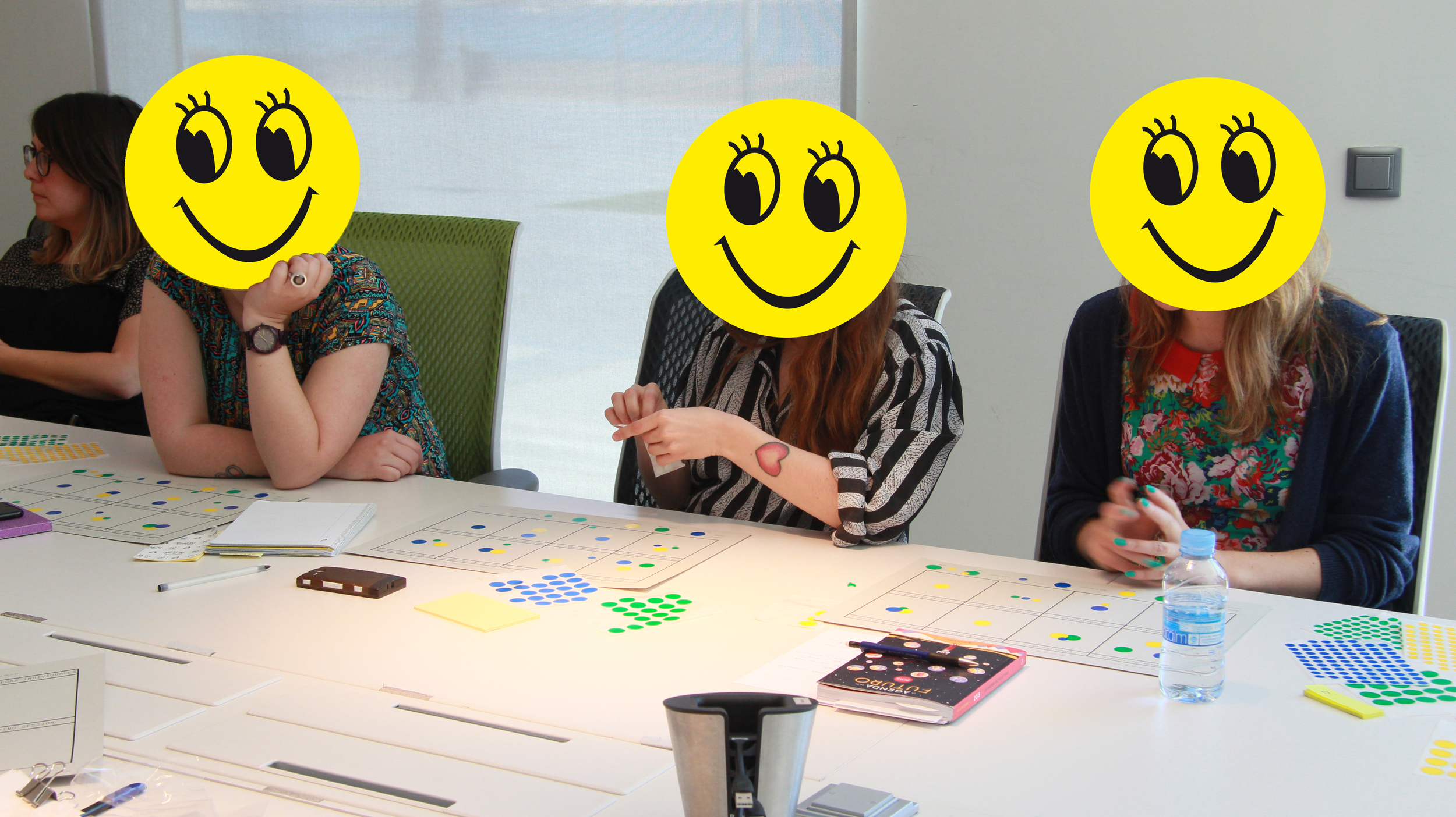 Client: Desigual / Co-creation   to understand and re-define the creative process of clothing. Workshop lead in collaboration with Ariel Guersen  zvaig and Salva Fabregas. Part of the Elisava Innovation Lab.