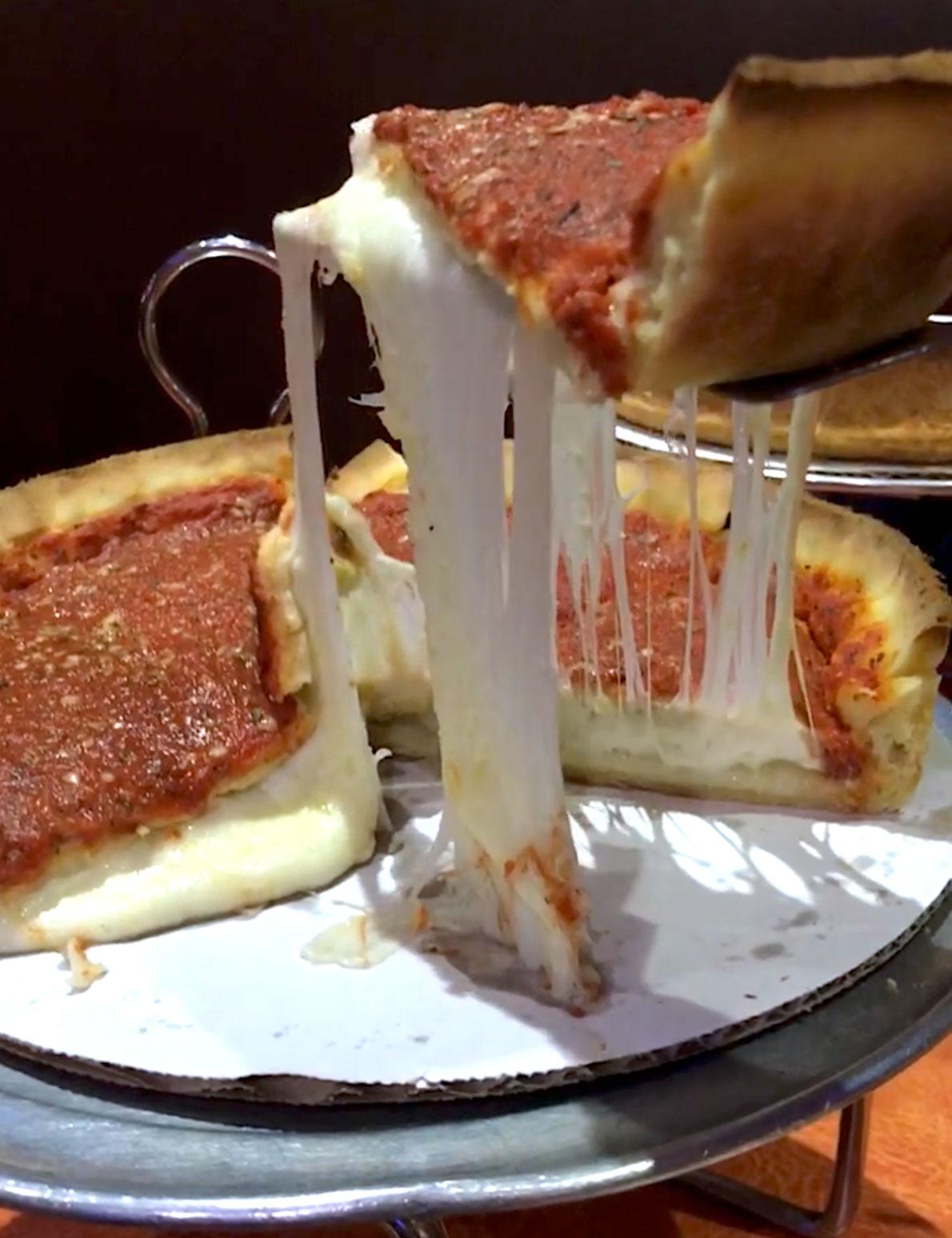 Chicago_Deep_Dish_Pizza.jpg
