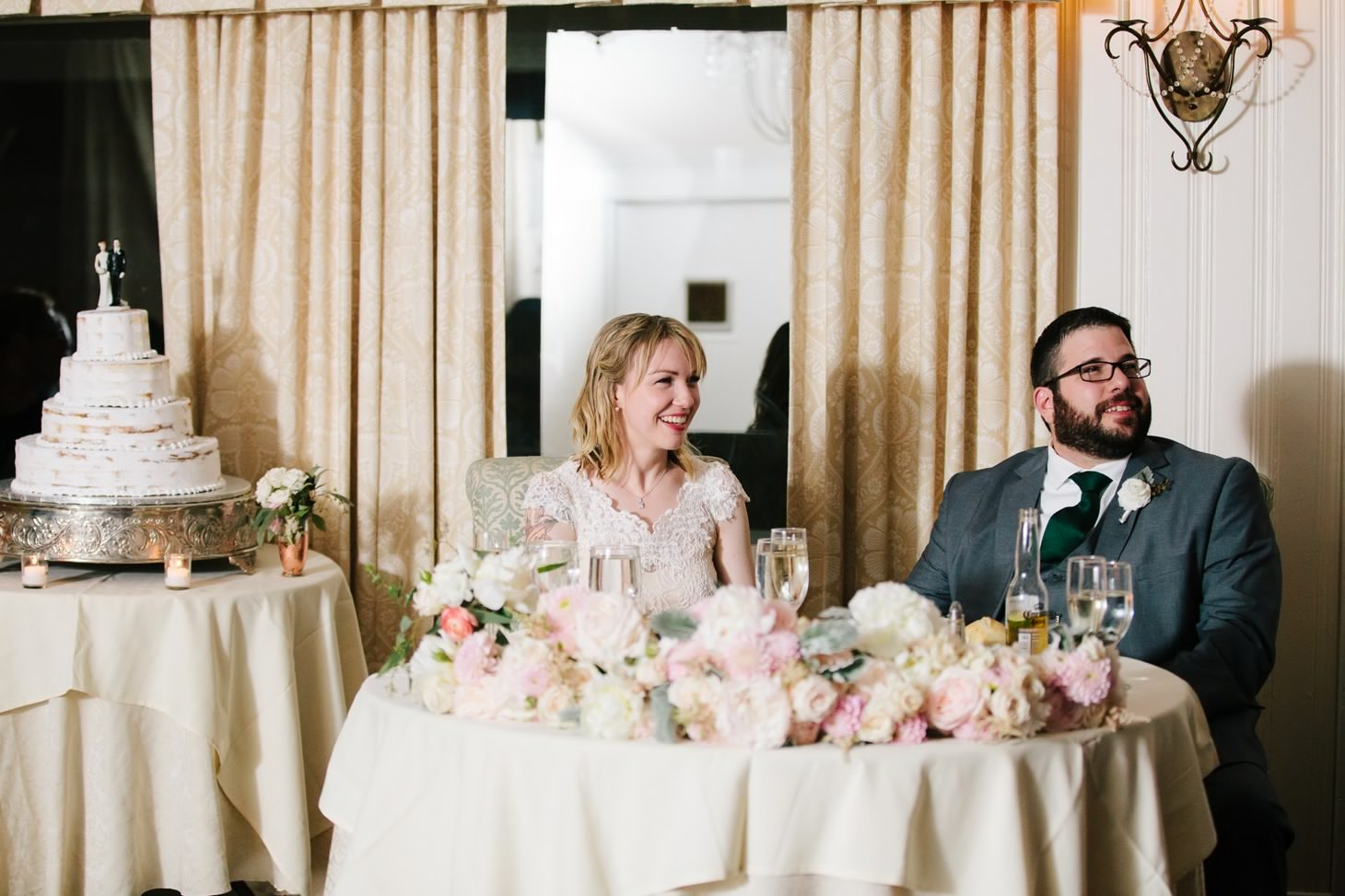 nyc-long-island-wedding-photographer-three-village-inn-smitten-chickens53.jpg