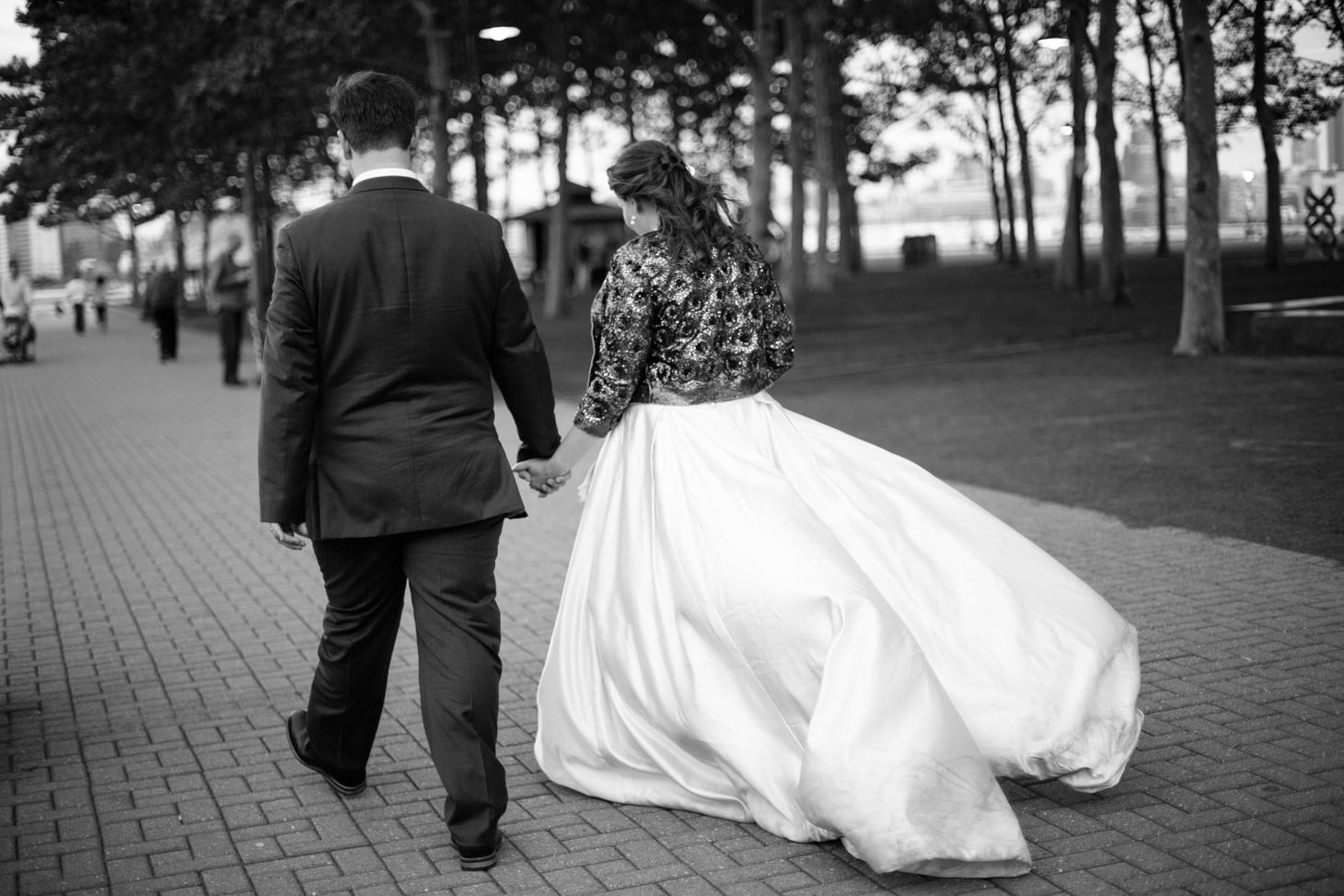 032-nyc-wedding-photographer-hoboken-waterfront-wedding-photos-smitten-chickens.jpg
