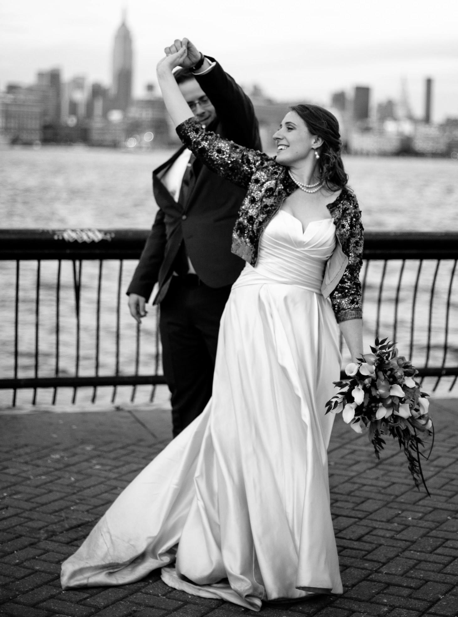 038-nyc-wedding-photographer-hoboken-waterfront-wedding-photos-smitten-chickens.jpg