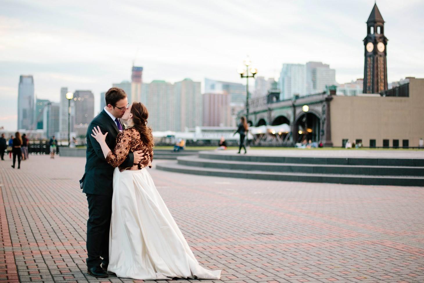 042-nyc-wedding-photographer-hoboken-waterfront-wedding-photos-smitten-chickens.jpg