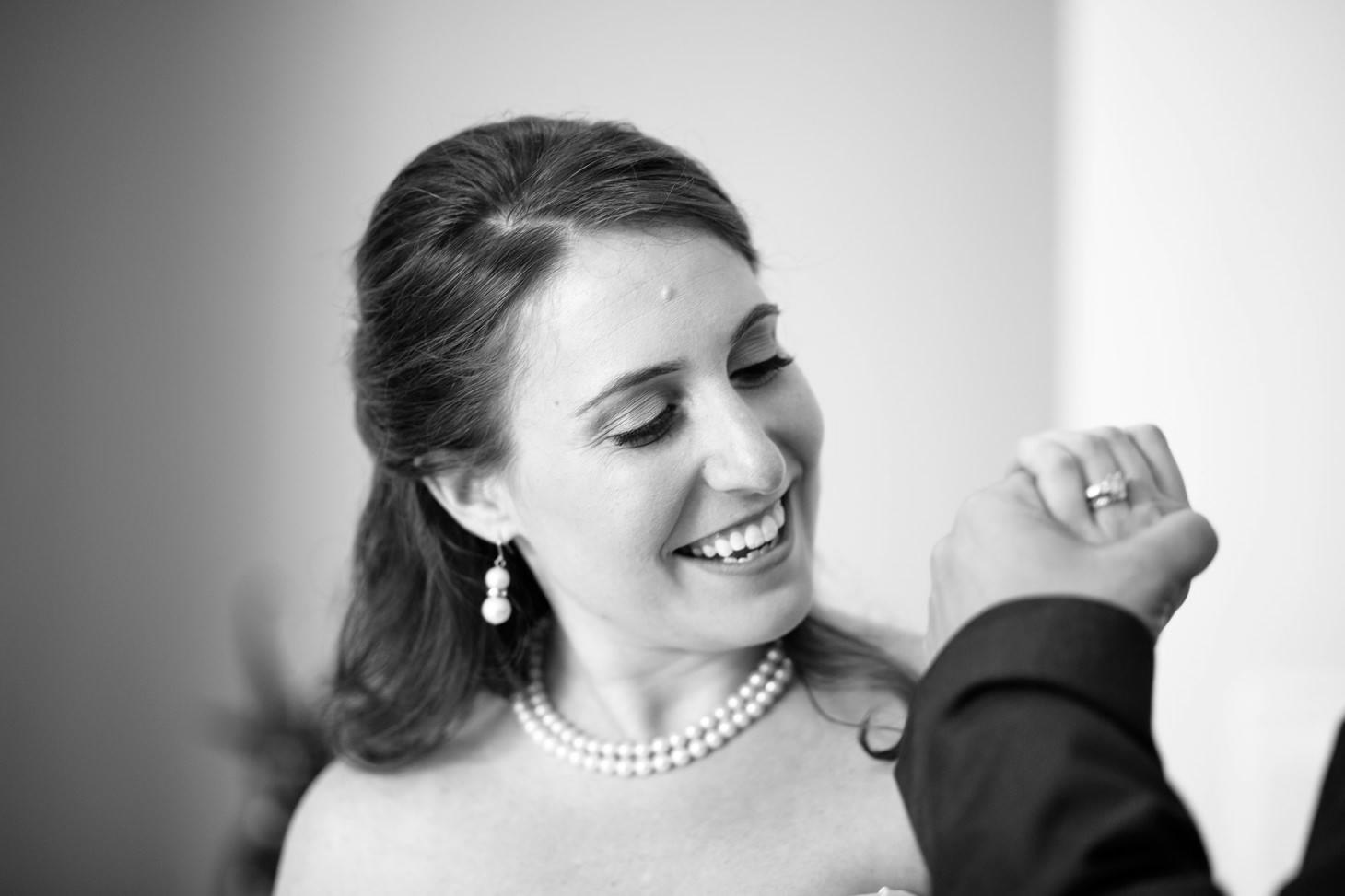 050-nyc-wedding-photographer-hoboken-waterfront-wedding-photos-smitten-chickens.jpg