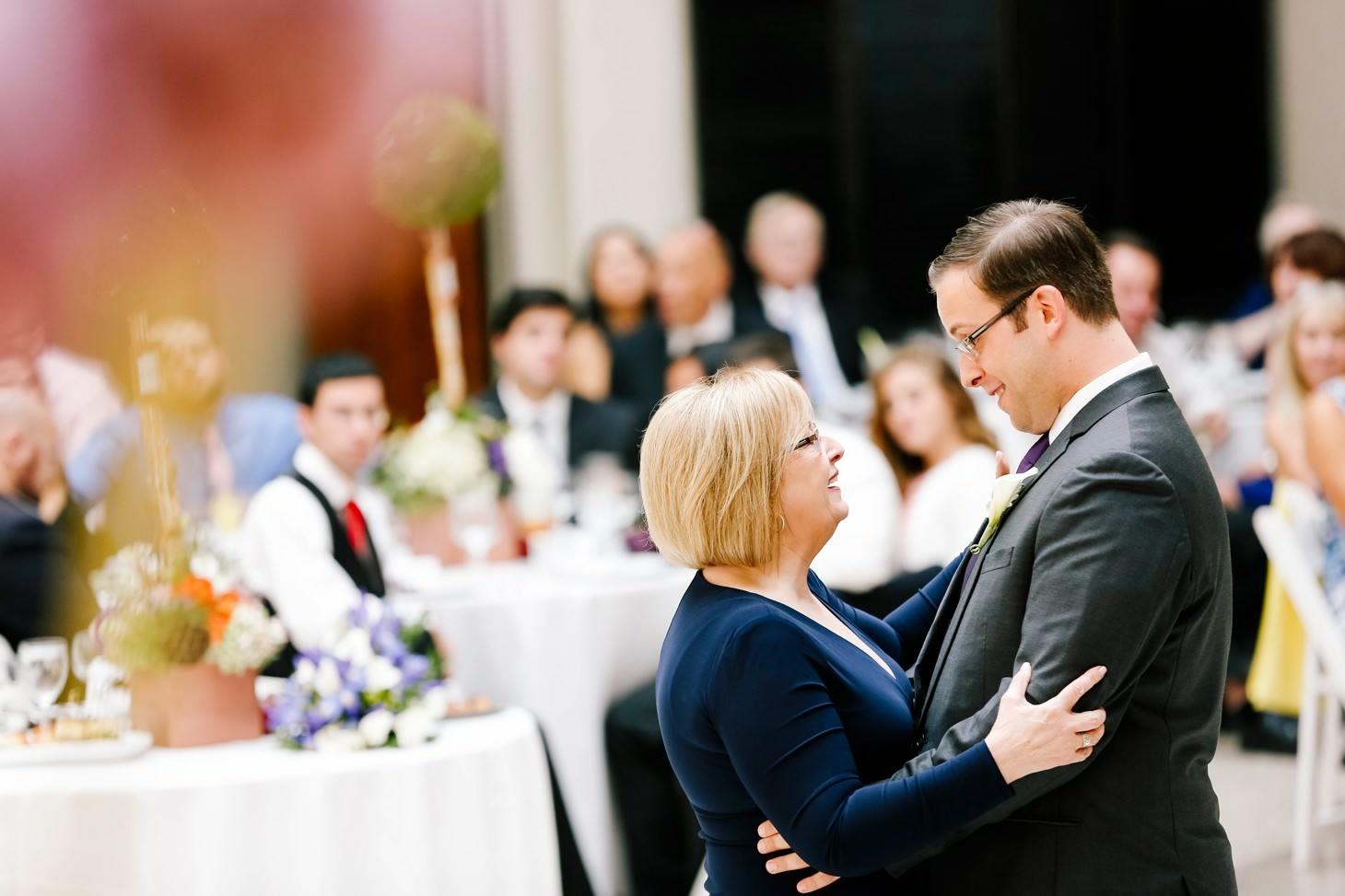 056-nyc-wedding-photographer-hoboken-waterfront-wedding-photos-smitten-chickens.jpg