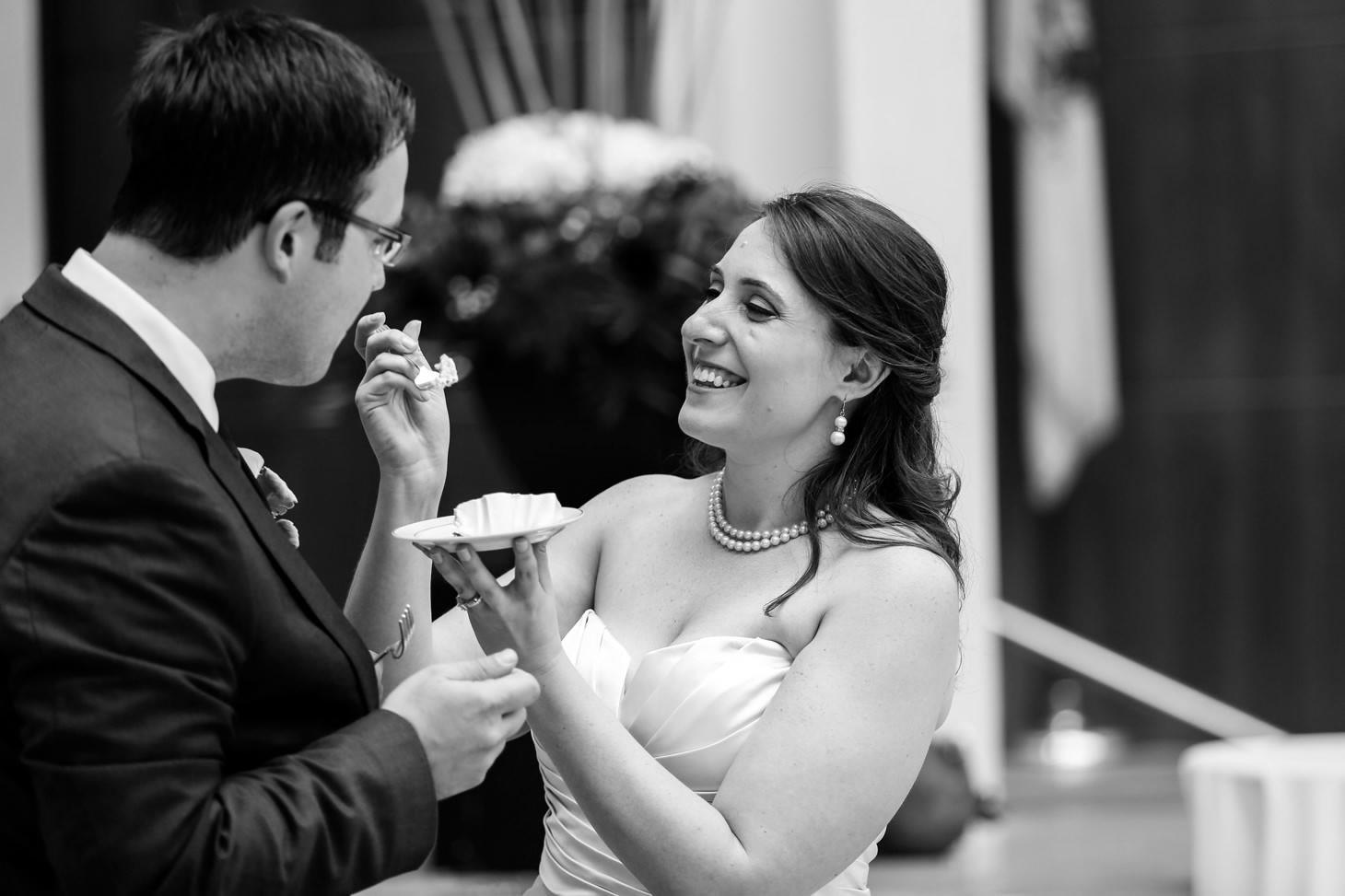 059-nyc-wedding-photographer-hoboken-waterfront-wedding-photos-smitten-chickens.jpg