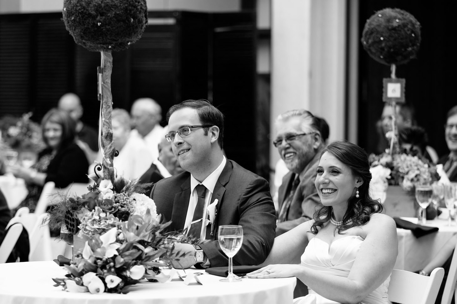 070-nyc-wedding-photographer-hoboken-waterfront-wedding-photos-smitten-chickens.jpg