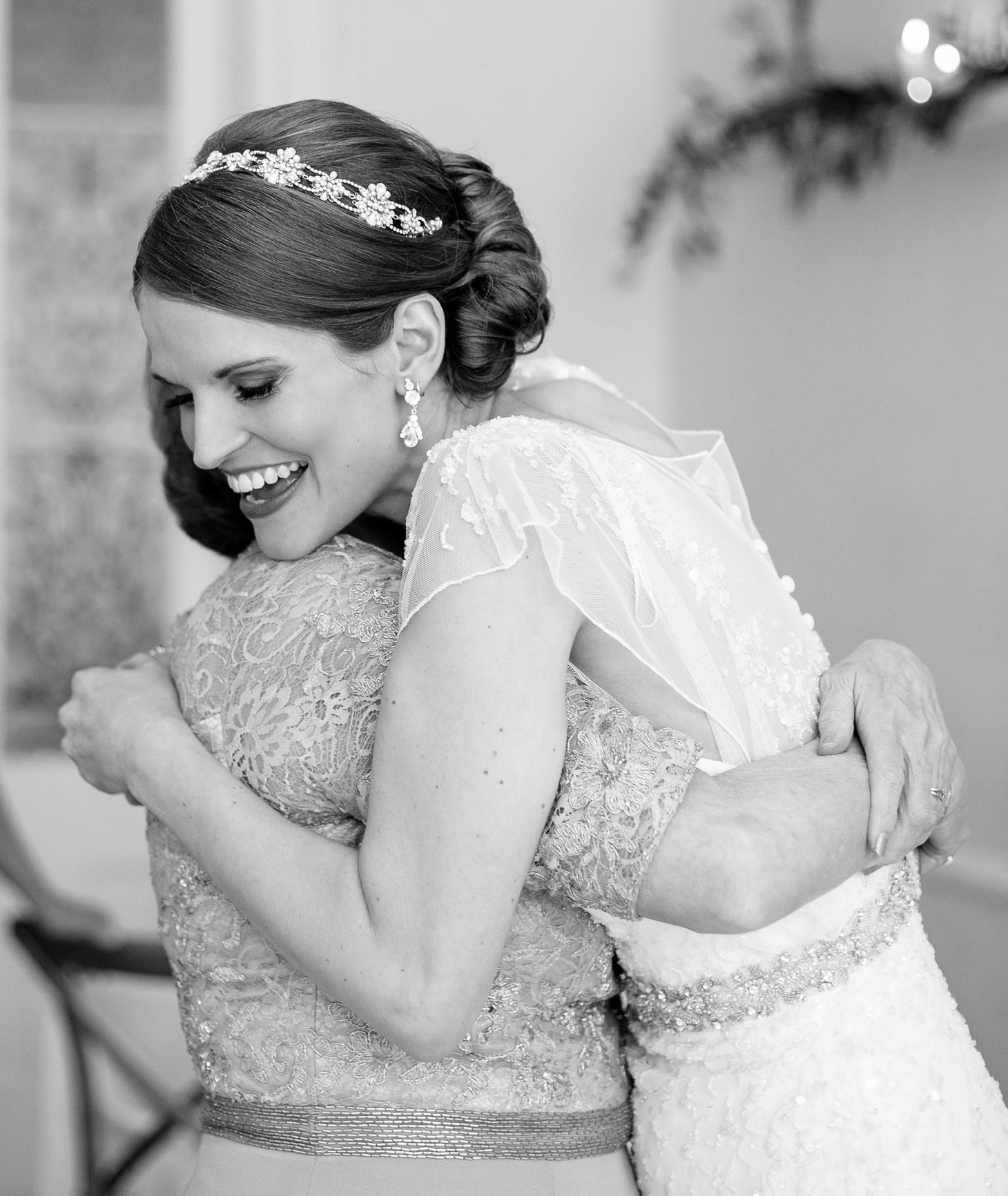 014-nyc-wedding-photographer-brooklyn-restaurant-2.jpg