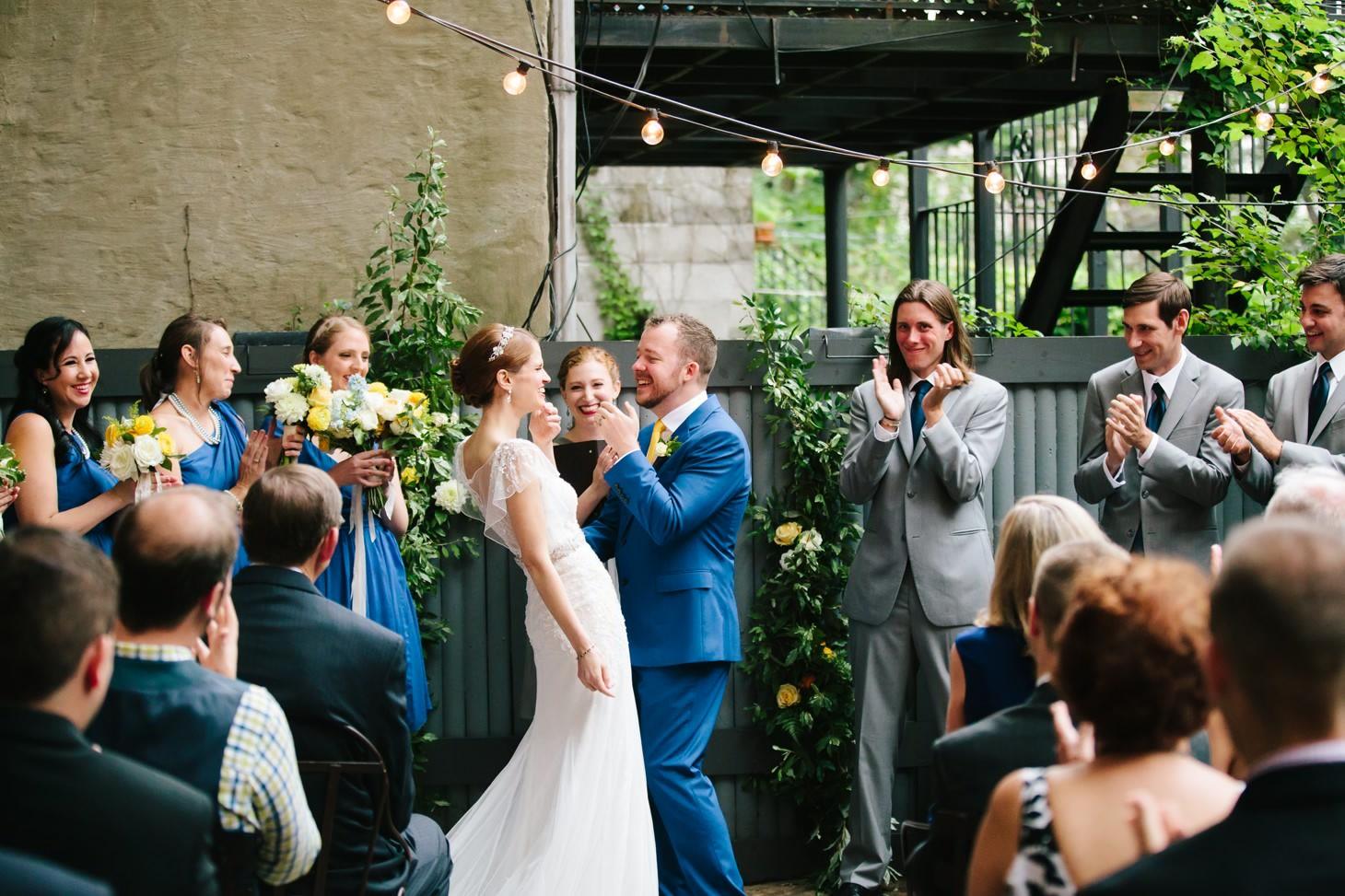 x-brooklyn-restaurant-wedding-nyc-weddingi-photographer-smitten-chickens149.jpg