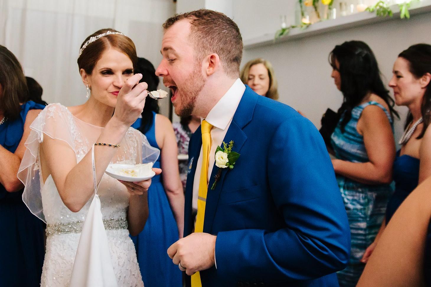 x-brooklyn-restaurant-wedding-nyc-weddingi-photographer-smitten-chickens191.jpg