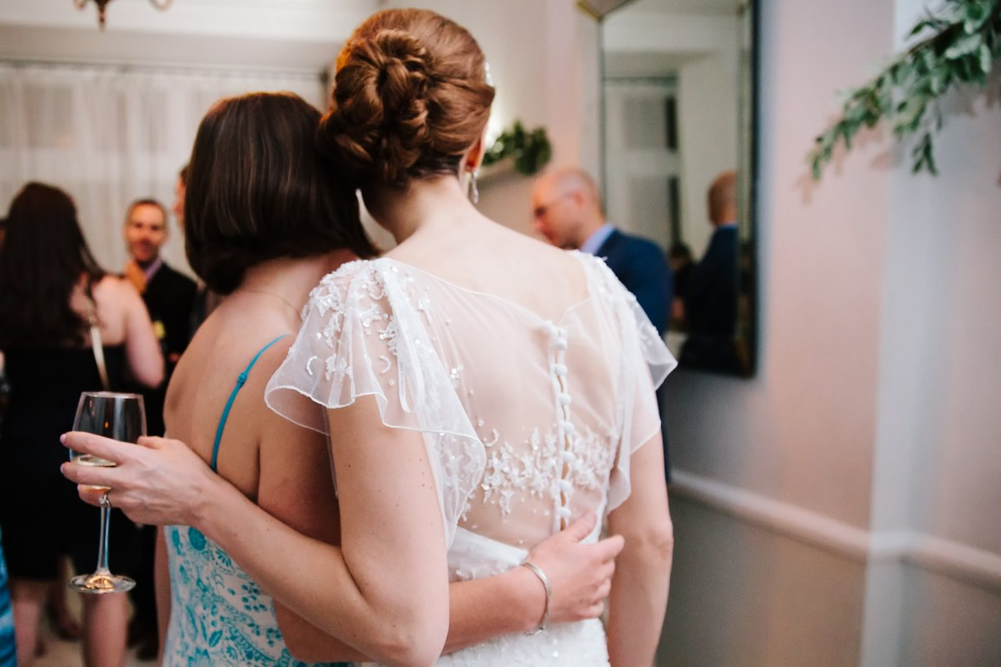 x-brooklyn-restaurant-wedding-nyc-weddingi-photographer-smitten-chickens202.jpg