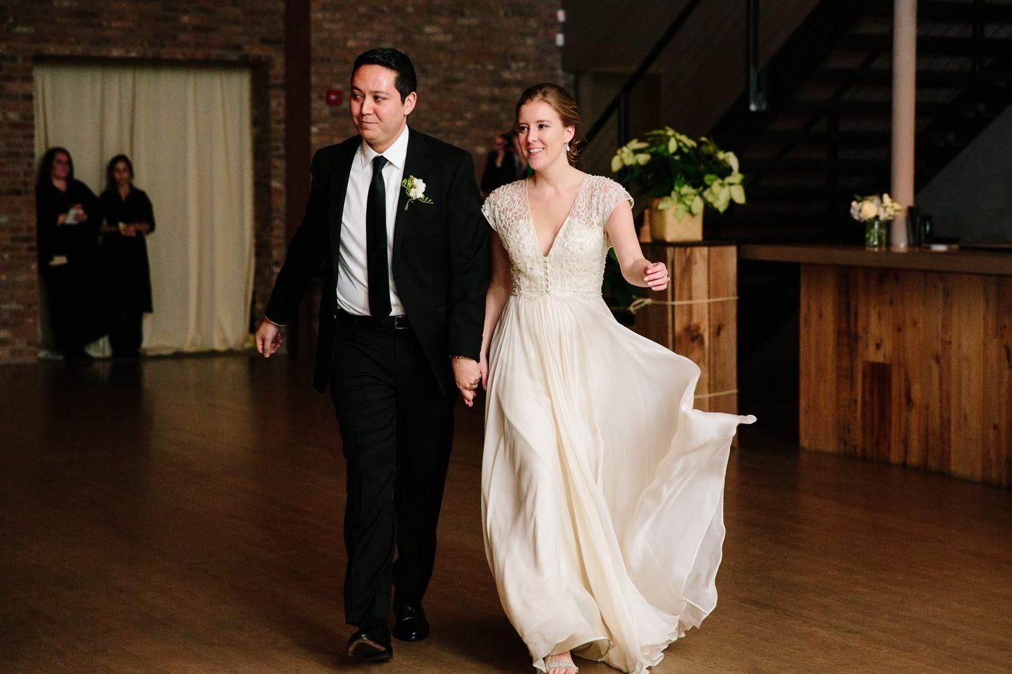 023-nyc-wedding-photographer-beacon-roundhouse-.jpg
