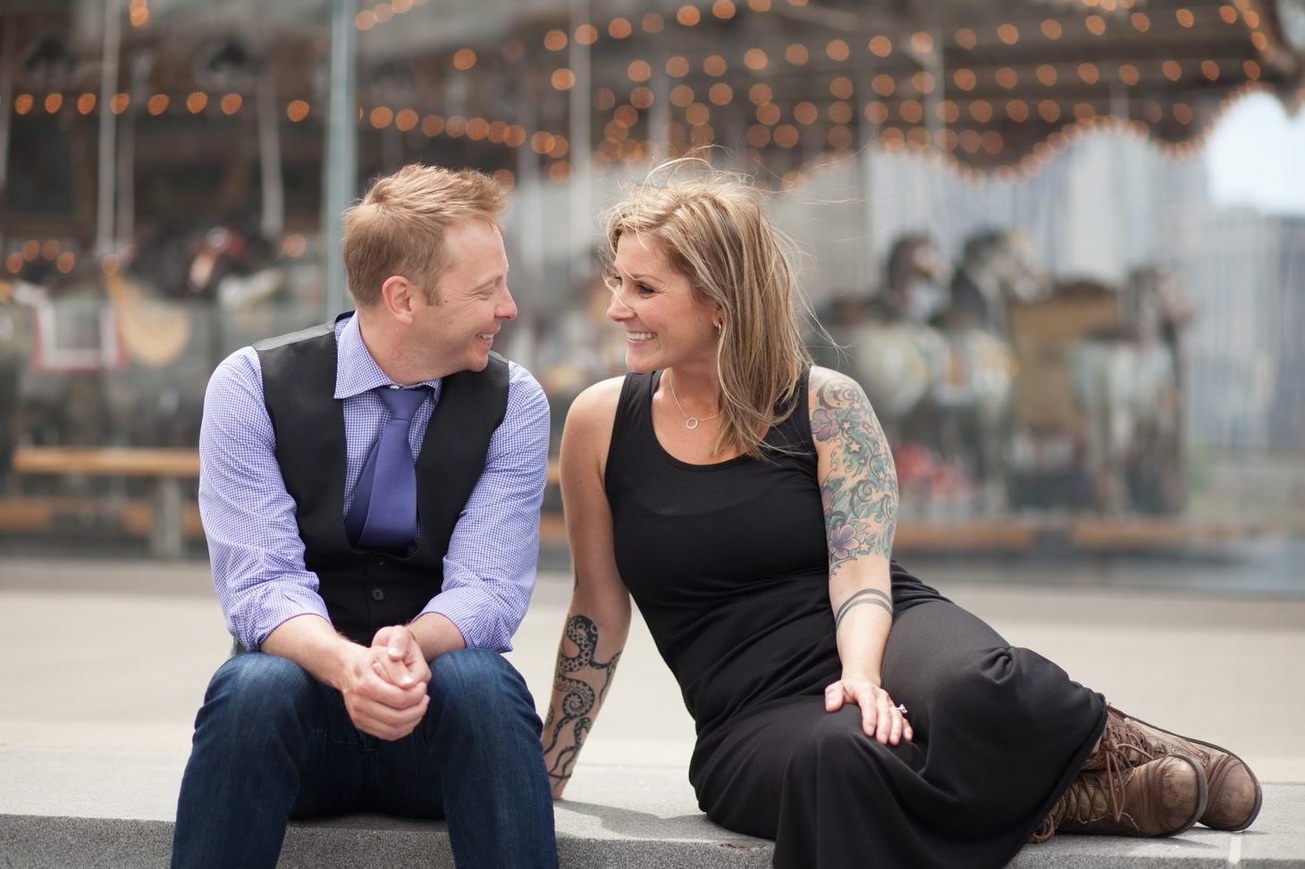 nyc-wedding-photographer-brooklyn-bridge-smitten-chickens-engagement-brooklyn-bridge-002.jpg