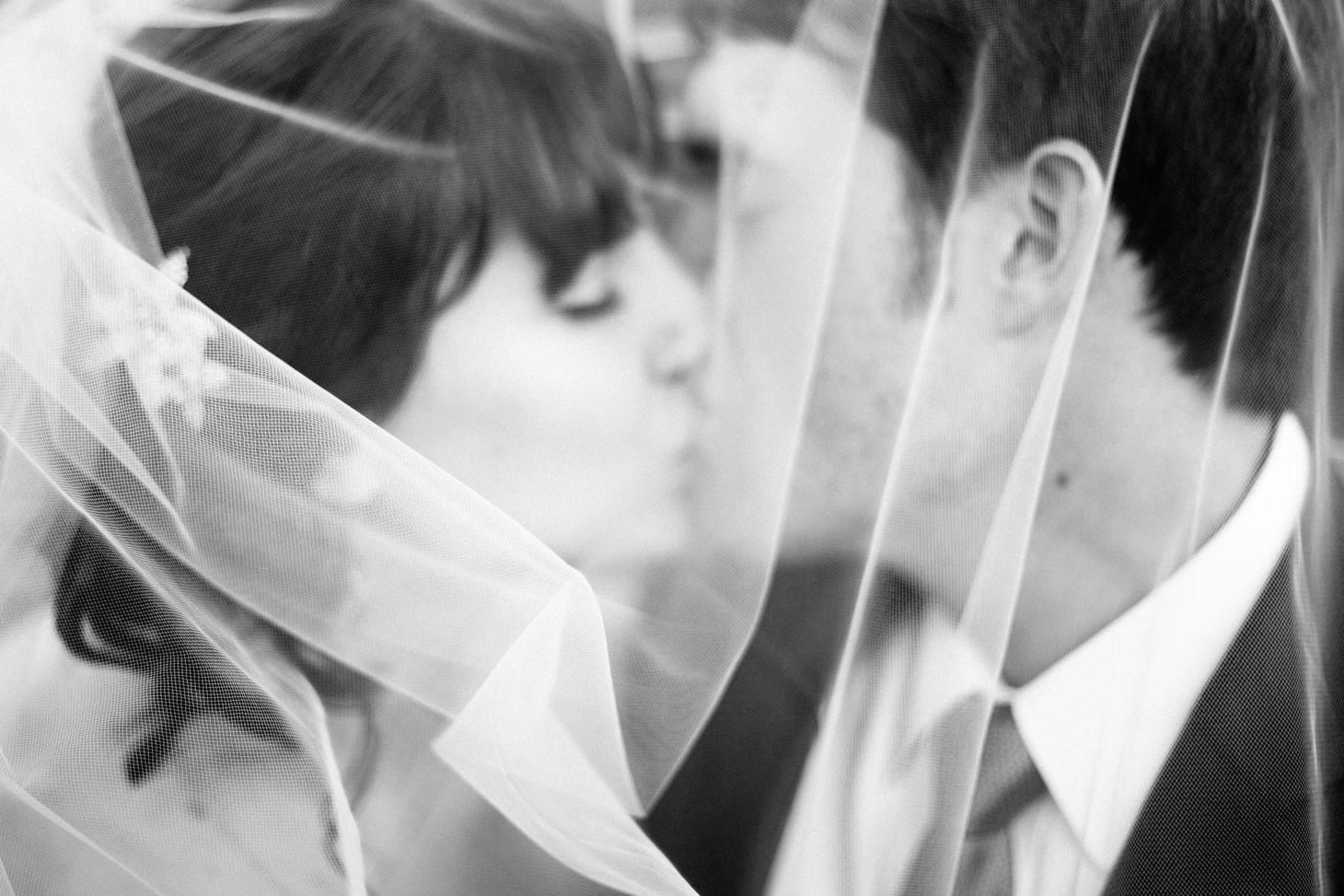 088-nyc-wedding-photographer-smitten-chickens-nj-morris-art-museum.jpg