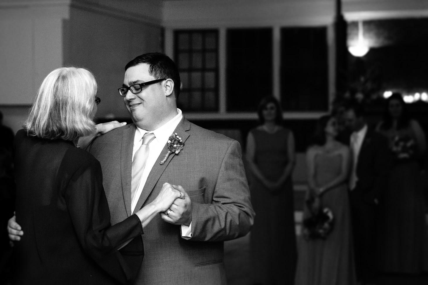 nyc-brooklyn-prospect-park-picnic-house-wedding-smitten-chickens-nerdy-48.jpg