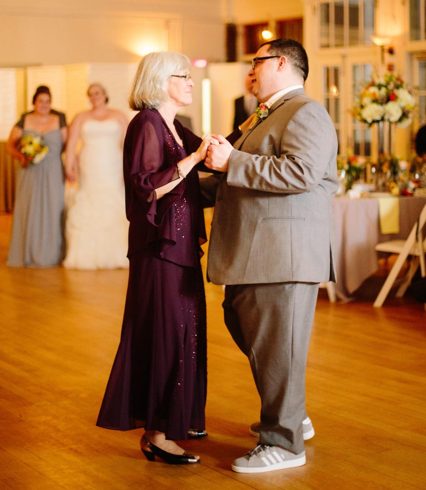 nyc-brooklyn-prospect-park-picnic-house-wedding-smitten-chickens-nerdy-49.jpg
