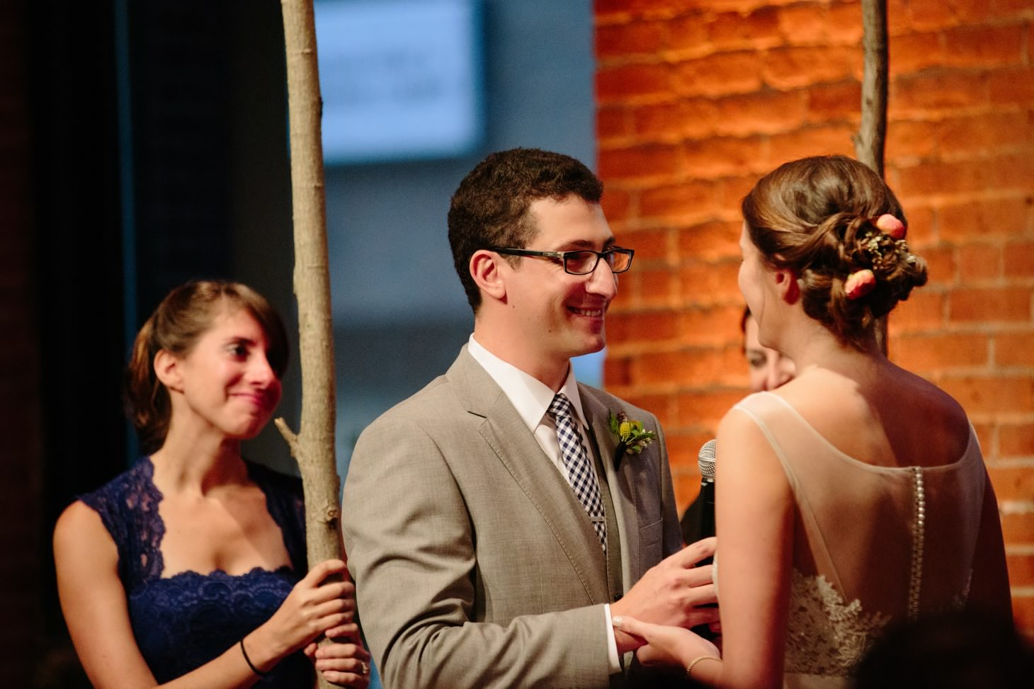 018-nyc-dumbo-loft-brooklyn-wedding-photographer-smitten-chickens-photo-.jpg