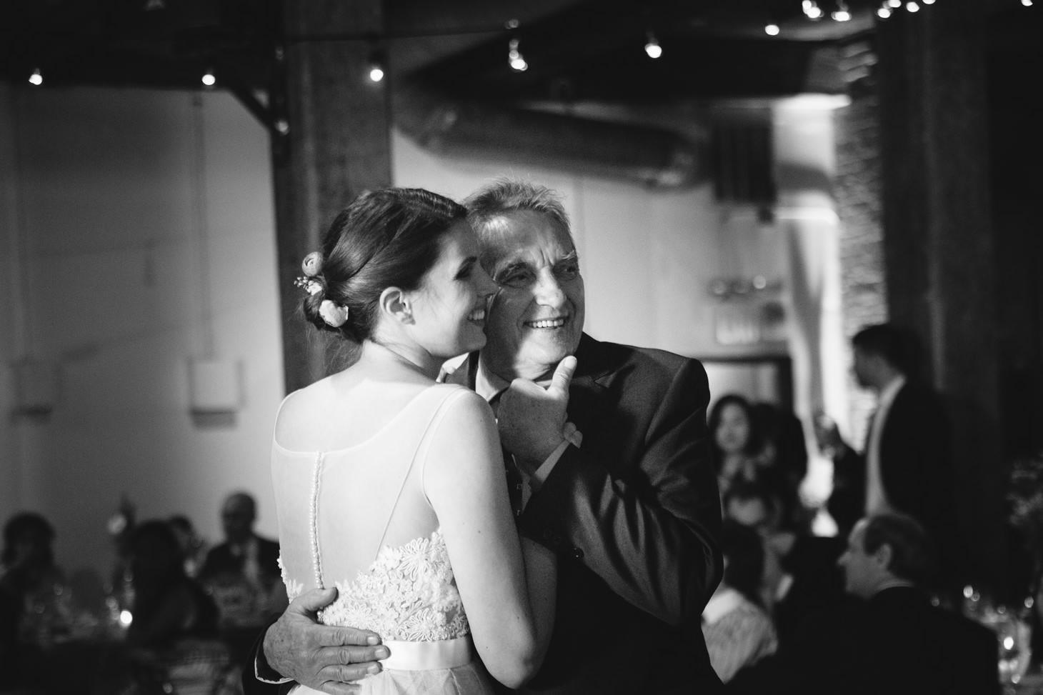 035-nyc-dumbo-loft-brooklyn-wedding-photographer-smitten-chickens-photo-.jpg