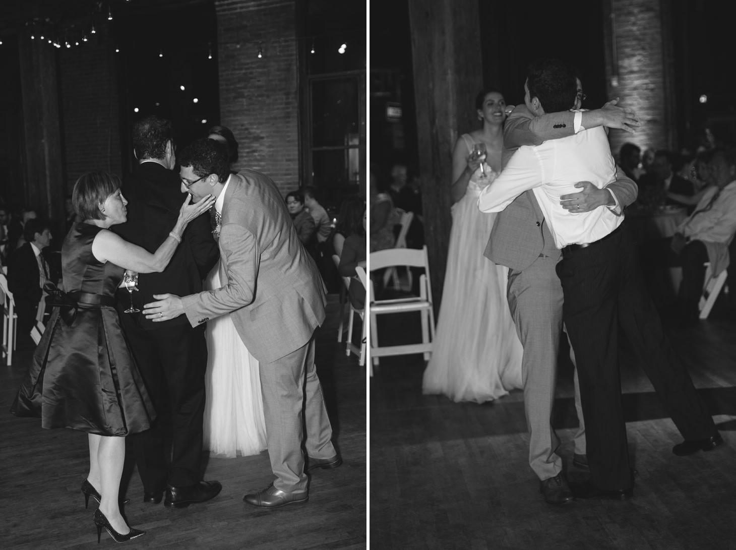 037-nyc-dumbo-loft-brooklyn-wedding-photographer-smitten-chickens-photo-.jpg