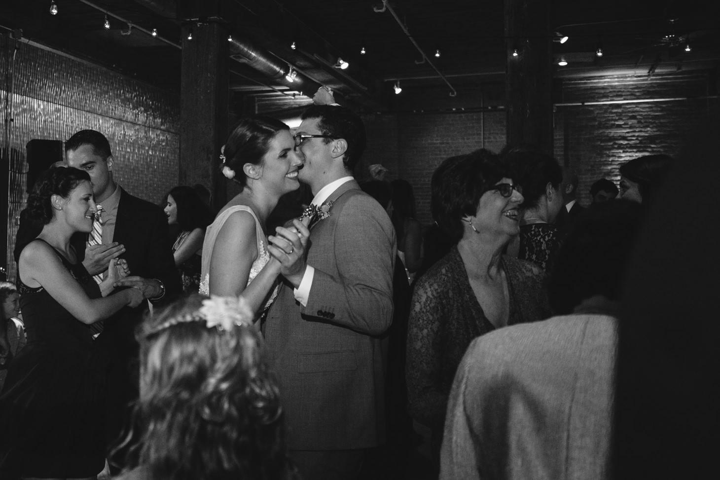 048-nyc-dumbo-loft-brooklyn-wedding-photographer-smitten-chickens-photo-.jpg