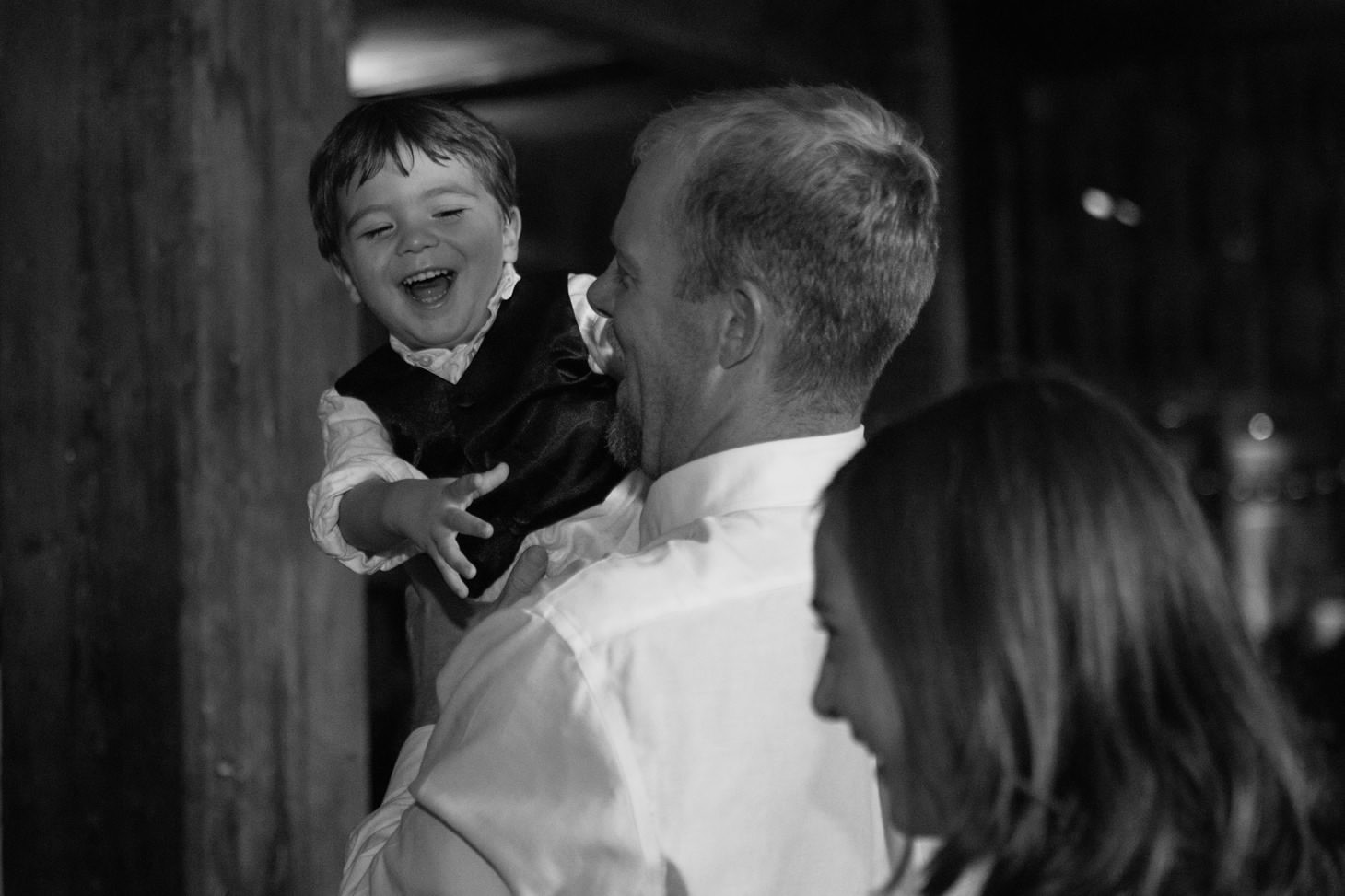 056-nyc-dumbo-loft-brooklyn-wedding-photographer-smitten-chickens-photo-.jpg