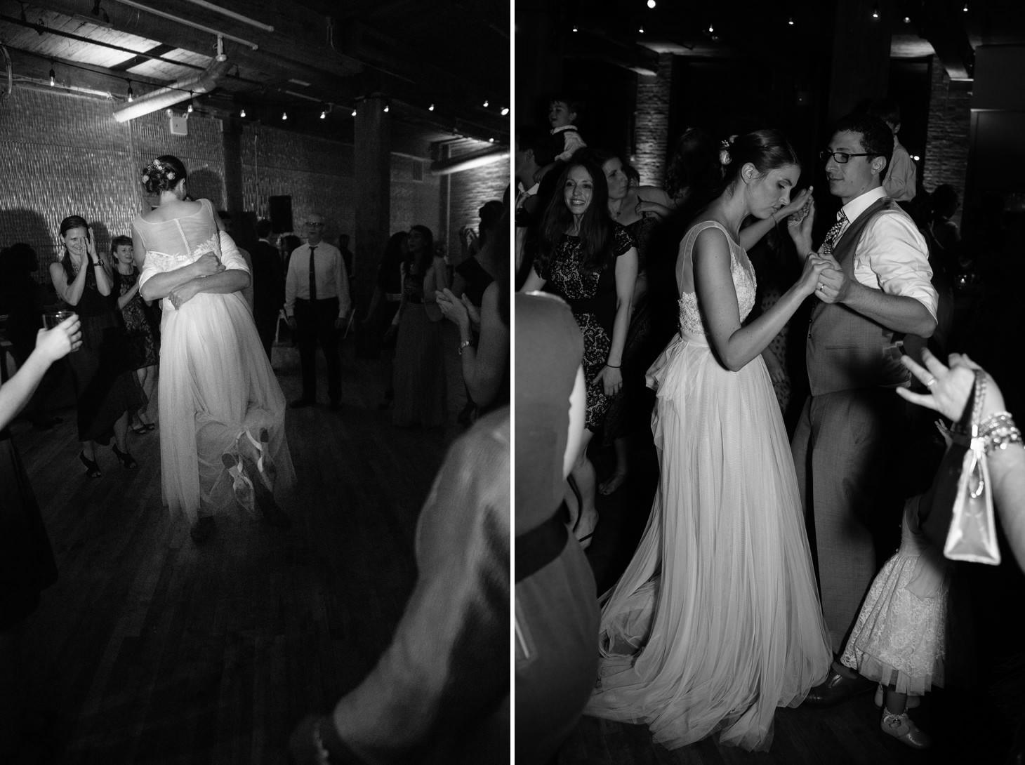058-nyc-dumbo-loft-brooklyn-wedding-photographer-smitten-chickens-photo-.jpg