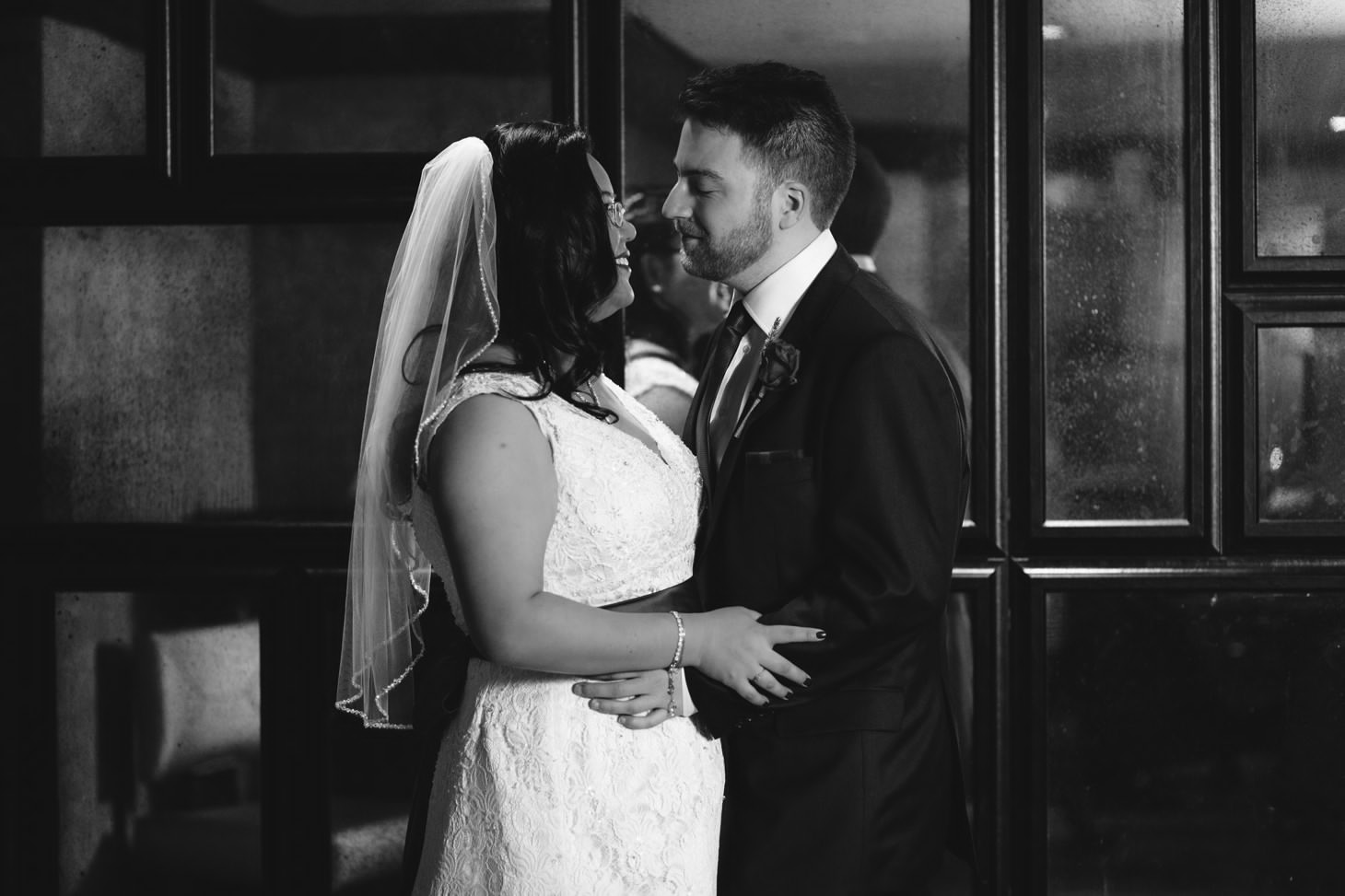 001-nyc-wedding-portrait-photographer-times-square-muse-hotel-winter-wedding-smitten-chickens.jpg