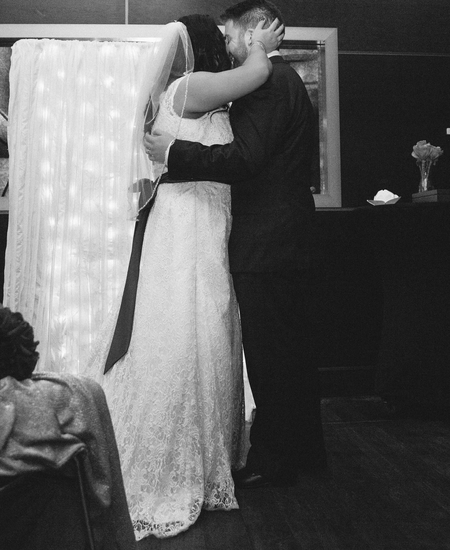 041-nyc-wedding-portrait-photographer-times-square-muse-hotel-winter-wedding-smitten-chickens.jpg