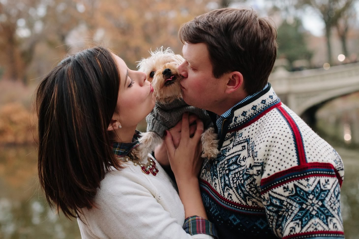 014-nyc-wedding-photographer-puppy-holiday-mini-session-fall-central-park.jpg